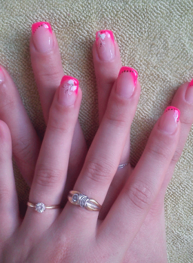 Ongles-gel-rallongement-chablons-French-Rose-Fuschia2